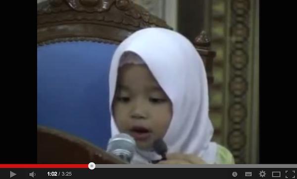 Kanak-kanak 3 Tahun Hafal Surah Muhammad Dari Al-Quran. Sungguh Hebat!