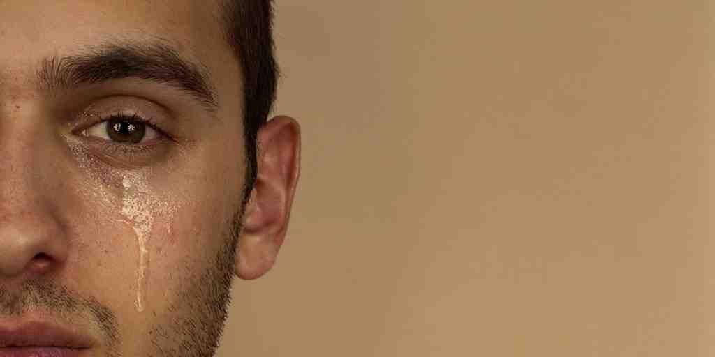 10 Cara Memujuk Lelaki Merajuk Yang Sensitif. Marah & Ego?