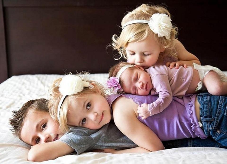 4 orang anak